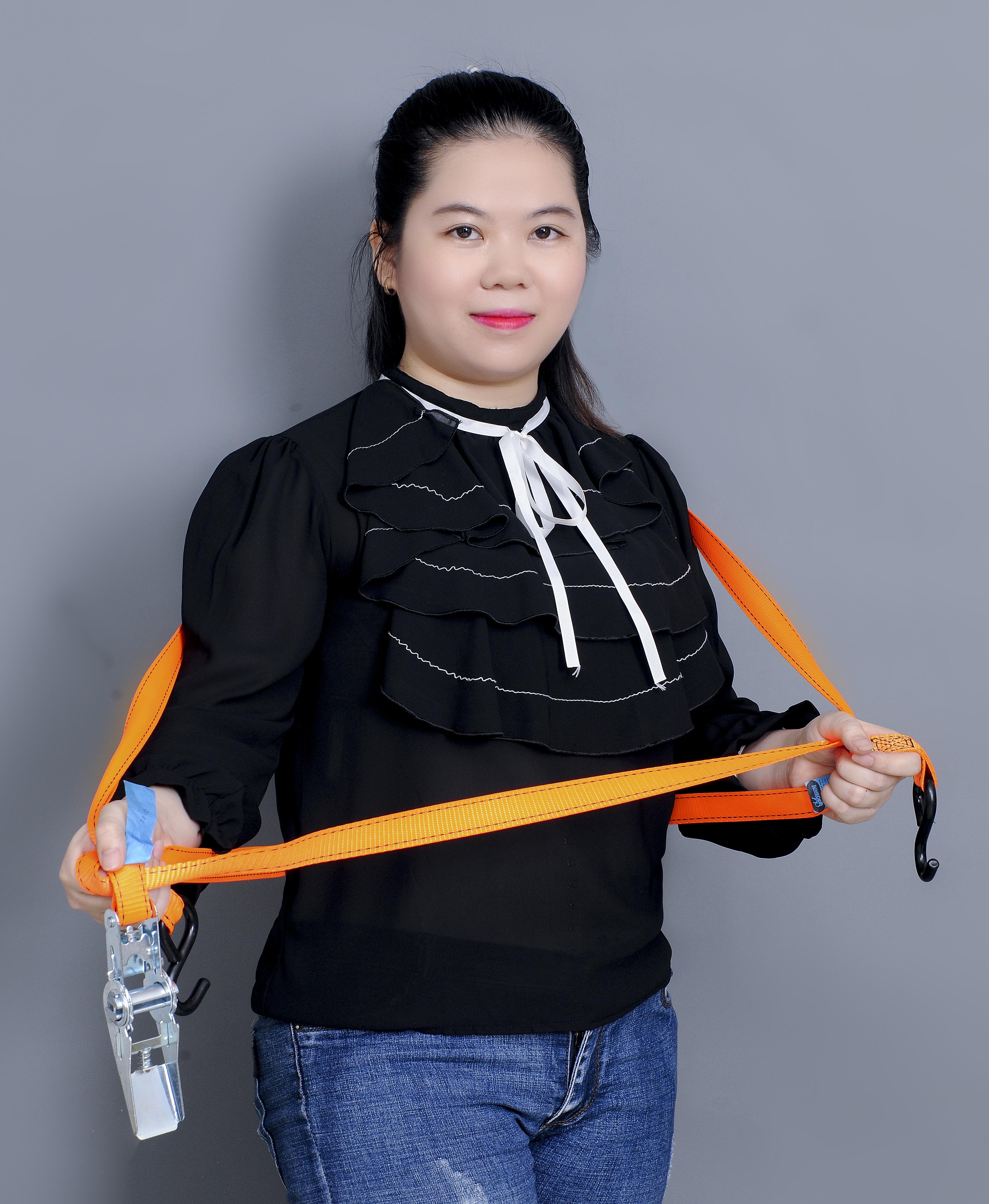 Ms Vi Tran